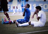 """The walking Suarez""  #TheWalkingSuarez #LuisSuarez #FIFA2014 #FIFA"