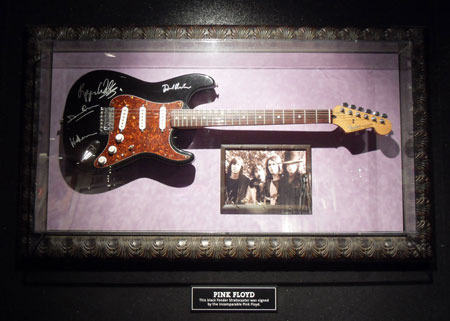 Pink floyd hard rock caf collections im genes taringa for Case in stile british west indies