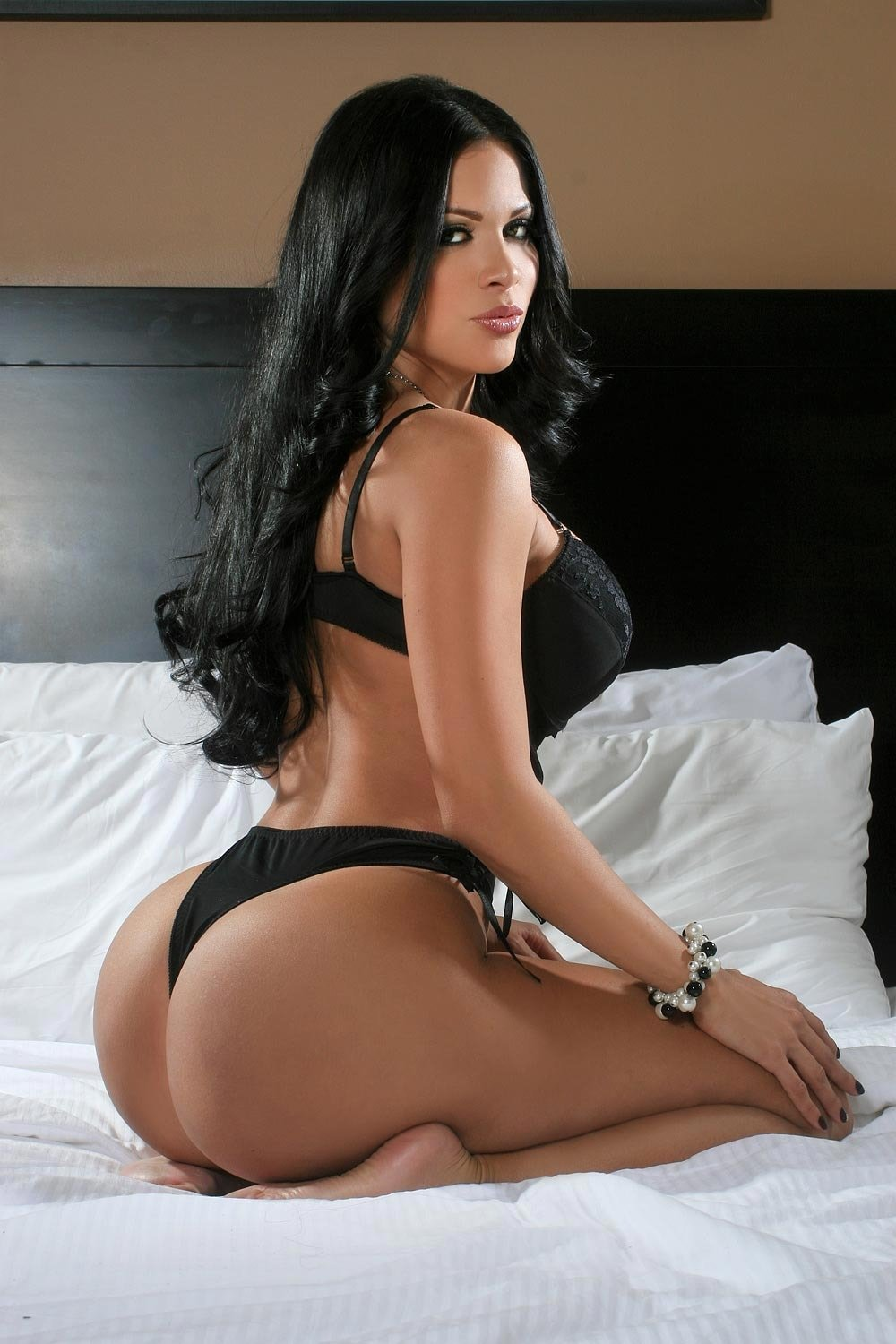 Latina Escorts In La